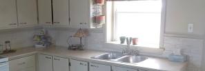 """Dosseret de comptoir de cuisine revêtement pierre de papier recyclé """"CÉLESTINE"""" (couleur céleste) fabriqué par DÉCO LOGIQUE. Produit en INSTANCE DE BREVET."""
